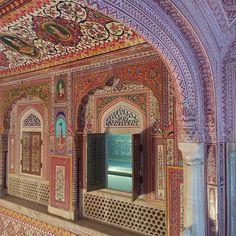 Chasing Unicorns, Miles To Go, Taj Mahal, Wanderlust, Mirror, Architecture, Building, Travel, Meet