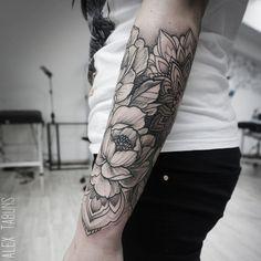 by @alex_tabuns  #blxckink Submit: blxckink@gmail.com  @flash_addicted  @flash_addicted   #tattoo #tattoos #ink #tat #black #blackwork #bw #blacktattoo #linework #dotwork #tattooidea #engraving #tattooflash #tattoosofinstagram #tattoolife #tattooart #tattoodesign #artist #tattooartist #tattooist #tattooer #tattooing #tattooed #inked #art #bodyart #artoftheday by blxckink