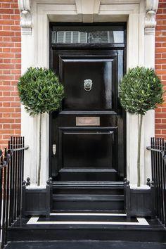 Black Front Door Planters Topiaries Ideas For 2019 Black Front Doors, Painted Front Doors, Front Door Colors, Front Door Planters, Outdoor Planters, Metal Planters, Black Planters, Garden Planters, Front Door Entryway