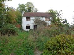 Abandoned House next to the River Severn, near Grimley in Worcestershire