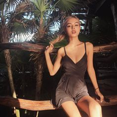 You like the good boys So I'm not invited to the plans you make When you're with your friends. Lily Maymac, Mode Ootd, Little Girl Models, Romper With Skirt, Insta Photo Ideas, Types Of Dresses, Girl Pictures, Look Fashion, Asian Beauty