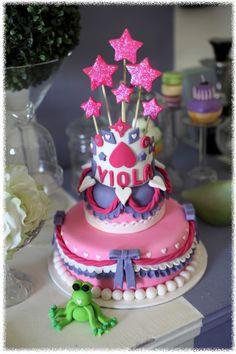 #Princesscake #tiercake #pinkcake