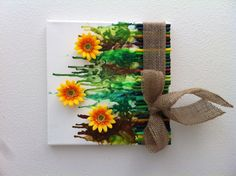 Crayon, Canvas with Flower Art Diy Wall Art, Diy Art, Crafts To Do, Crafts For Kids, Arts And Crafts For Teens, Diy Canvas, Canvas Art, Crayola Art, Cuadros Diy