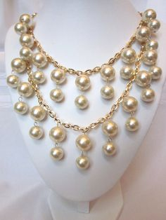 """""""2 Broke Girls"""" Necklace - The Caroline - Gold and Pearls."""