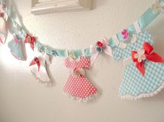 Vintage Style Paper Doll Garland SWEET As PIE Inspiration / Craft Kit ... Pink ... Aqua ... Red ... Polka Dots and Gingham ECS