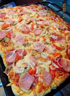 Domowa pizza - Another! Greek Chicken And Potatoes, Pizza Recipes, Cooking Recipes, Czech Recipes, Happy Foods, Recipe For Mom, Sandwiches, Food Hacks, Kids Meals