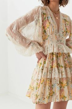 Aesthetic Fashion, Look Fashion, Aesthetic Clothes, Womens Fashion, Fashion Design, Hippie Fashion, Pretty Outfits, Pretty Dresses, Beautiful Dresses
