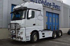 Mercedes Benz Commercial, Mb Truck, Mercedes Benz Trucks, Bull Bar, Trailers, Vehicles, Hang Tags, Car, Vehicle