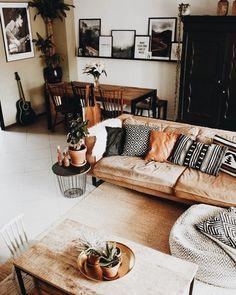 ideas apartment living room decor inspiration colour for 2019 Boho Living Room, Interior Design Living Room, Living Room Designs, Living Room Decor, Cozy Living, Design Bedroom, Interior Livingroom, Interior Rugs, Bohemian Living