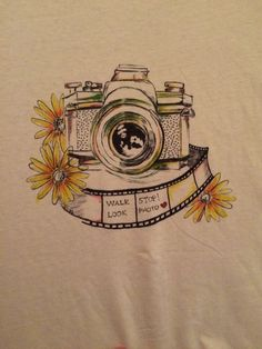 Camera t-shirt paint