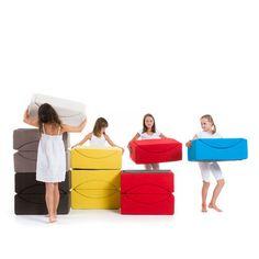 lina #moon plus : une chauffeuse, un module de canapé, un pouf