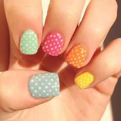 Connect the dots! #nails #nailart #colours #dots