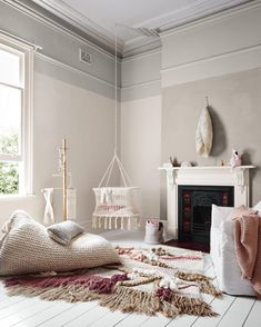 Pitter patter: Latest Dulux colour trend perfect for a nursery (The Interiors Addict) Trending Paint Colors, Interior And Exterior, Interior Design, The Design Files, Kids Decor, Home Decor, Baby Room Decor, Room Baby, My Living Room
