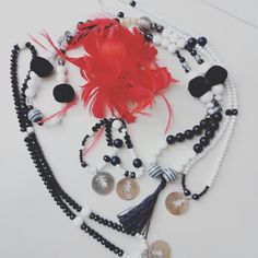 Bijoux Black and White Necklace Bebè