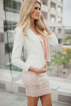 Take a look at the best casual business dresses in the photos below and get ideas for your work outfits! casual business outfit for a light day in the office….Because we all give that sexy stare at the office…. Beauty And Fashion, Look Fashion, Passion For Fashion, Winter Fashion, Fashion Outfits, Fashion Styles, Fashion Clothes, Blazer Fashion, Fashion 2016