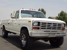 13-DSC09125   by All Metal Classics Ford F250 Diesel, Ford 4x4, Ford Pickup Trucks, Chevy Trucks, Chevy C10, Ford F150 Interior, Jdm, Ford F150 Custom, F150 Lifted