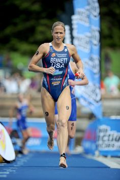 World Champion Triathlete Laura Bennett Olympic Medals, Olympic Team, Olympic Triathlon, Usa Olympics, Olympic Athletes, Michael Phelps, Sports Figures, Bike Run, Track And Field
