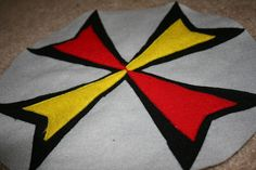 Jillyann Jiggs: Felt Shield Tutorial