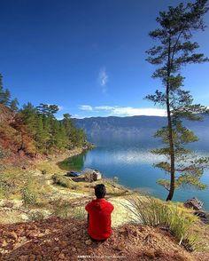 Tag people who you want to share this view with !  Lokasi/location: Danau Laut Tawar, Aceh Credits to: @rahmadambiya  Please keep the place clean when you visit :) #IT_Aceh  ADD OFFICIAL LINE: @INDOTRAVELLERS ingat pakai @ yaa :D  Ayo gunakan hashtag #INDOTRAVELLERS siapa tau foto kamu yang akan kami repost berikutnya