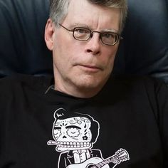 Stephen King, I like your writing but I don't like your politics. https://plus.google.com/+SteveJacobsofEarle/posts/XWhZPDPBym4 #TheStand #Dandelions #Crap #Heinously
