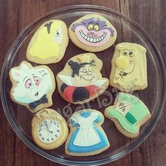 Alice in wonderland characters cookies