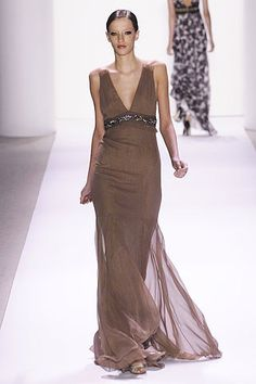 Monique Lhuillier Spring 2007 Ready-to-Wear Fashion Show - Milagros Schmoll