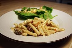 A Lazy Girl's Guide to Living Gluten Free: Gluten Free Pasta Carbonara