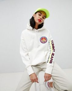 Tommy Jean 90s Capsule 5.0 Sailing Hoodie With Sleeve Logo