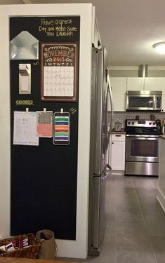 Maximize your space with a refrigerator surround that boosts storage and provides your kitchen with a command center. It's easily constructed using craftsman style moulding materials and Wallies peel-and-stick chalkboard vinyl decals. Command Center Kitchen, Family Command Center, Chalkboard Command Center, Kitchen Wall Design, Kitchen Decor, Kitchen Walls, Design Bathroom, Bathroom Ideas, Kitchen Pantry