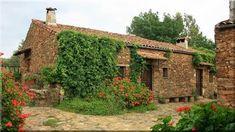 Mediterrán kertek - Házak, kertek, teraszok Vineyard, Pergola, Sweet Home, Fa, House Styles, Modern, Outdoor, Home Decor, Houses