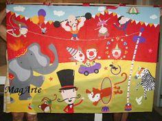 Painel de feltro com o tema circo
