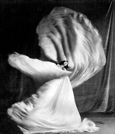"hauntedbystorytelling: ""Loïe Fuller (Image: Ullstein Bild / Getty Images), 1905 """