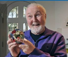 Exhibit in Millville marks 50 years of work by celebrated glass artist Paul Stankard
