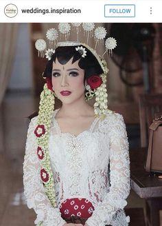 64 ideas flowers photography woman photographs for 2019 Diy Wedding Makeup, Wedding Makeup Tutorial, Bridal Makeup, Diy Makeup, Makeup Ideas, Kebaya Wedding, Muslimah Wedding Dress, Wedding Styles, Wedding Photos
