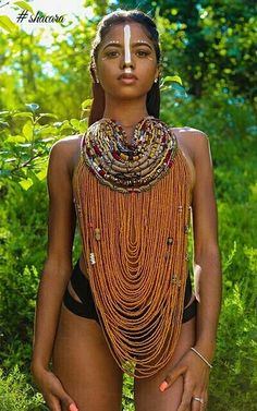 Aphia Sakyi Jewelry Never Looked So Sexy; See How These Hot Models Rocked Them Aphia Sakyi Jewelry Never Looked So Sexy; See How These Hot Models Rocked Them Beautiful African Women, Beautiful Dark Skinned Women, African Beauty, Beautiful Black Women, African Fashion, Model Rock, Native American Girls, African Girl, Afro Punk