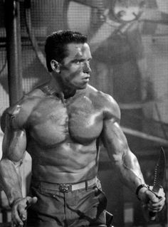 Arnold Schwarzenegger is rightfully a legend in the world of bodybuilding. Here are 35 awesome classic bodybuilding pictures of Arnold Schwarzenegger.