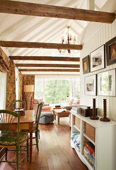Check out for different interior projects from Anne Hepfer for commercial and residential places. White Plank Walls, Family Room Design, Cottage Interiors, My New Room, Home Living Room, Living Area, Great Rooms, New Homes, House Design