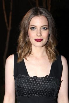 Gillian Jacobs Medium Wavy Cut - Gillian Jacobs attended the Lela Rose Los Angeles dinner looking pretty with her beachy waves. Lela Rose, Beautiful Celebrities, Most Beautiful Women, Blonde Beauty, Hair Beauty, Gillian Jacob, Smoking Ladies, Iconic Women, Belleza Natural