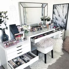 15 Impressive DIY Makeup Vanity Decoration Ideas T. - 15 Impressive DIY Makeup Vanity Decoration Ideas That You Will Love It -