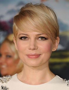 hair COLOR and MAKEUP - Michelle Williams