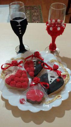 Nişan kadehleri&kurabiyeleri