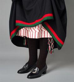 Bilde av Understakk og sokkeband til bunad fra Vest-Agder Folk Costume, Costumes, Line S, Girl Dolls, Norway, American Girl, Cheer Skirts, Vest, Bath Tubs