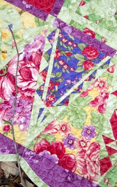 Maypole Baby Jane Quilt by Emily Cier.  Here is her favorite triangle block.