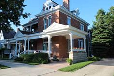 Picture of Alexandra's Bed and Breakfast where I was married almost five years ago!