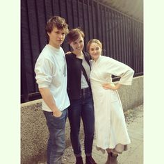 Ansel Elgort (Caleb) and Shailene Woodley with Veronica Roth!