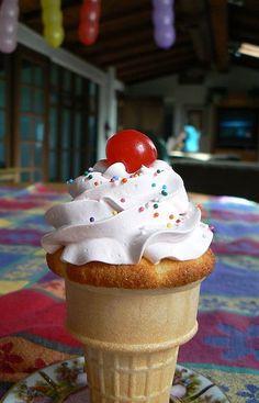 Cupcake Ice Cream Cone~a summertime birthday party idea :D
