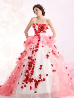 Fashion Ball Gown Strapless Court Train Organza Pink Quinceanera Dress Lbprjp0096 I dunno, man. Usually, I'd find this dress ugly. But I don't. I love it.