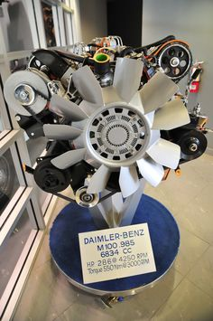 Daimler-Benz engine