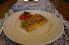 Tyrkisk grønnsaksgrateng er en helt vegetarisk rett. Den er enkel å lage, og kan tilpasses de fleste dietter. Flott måte å få de anbefalte frukt og grønt. Fodmap, Lasagna, Allergies, Ethnic Recipes, Food, Essen, Meals, Yemek, Lasagne
