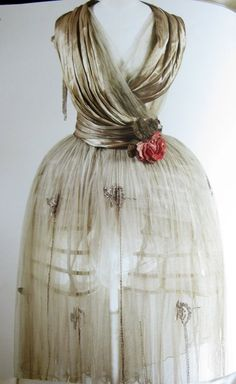 Robe de Style, Jeanne Lanvin (Paris, France): winter 1918, French, silk tulle skirt with bugle bead applique.